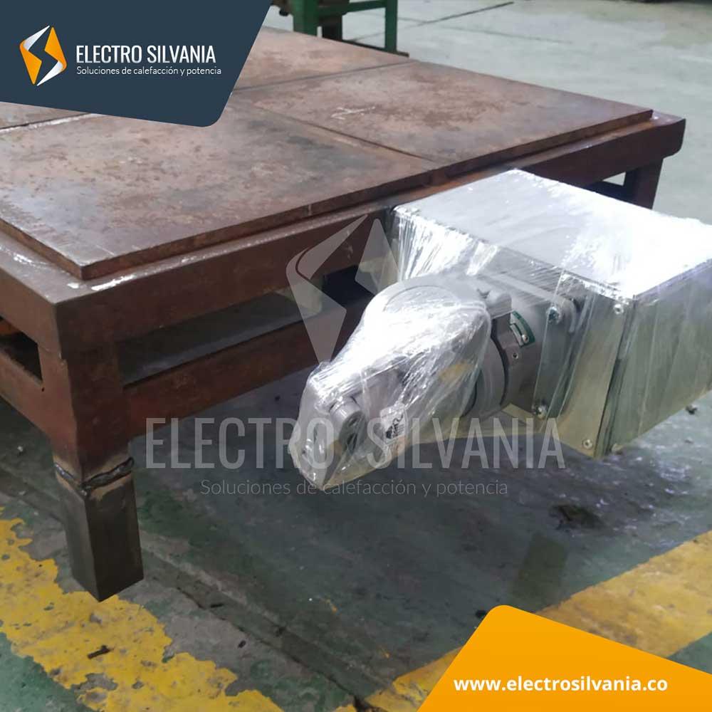 Reparación de plancha para calefacción de 4 tambores metálicos de 55 galones ElectroSilvania 3
