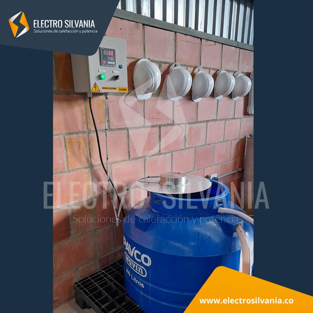 Sistema de calentamiento de agua en tanque plástico resistencia para inmersión industrial Electro Silvania 2